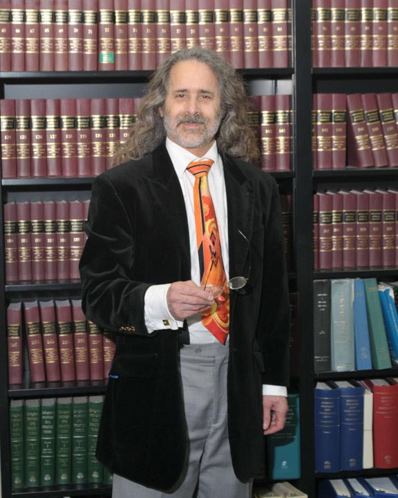 About-Robert-L.-Levi